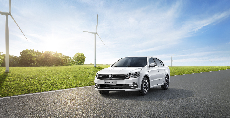 Картинка Volkswagen 2015 Lavida Седан белая Автомобили 3000x1541 Фольксваген Белый белые белых авто машины машина автомобиль