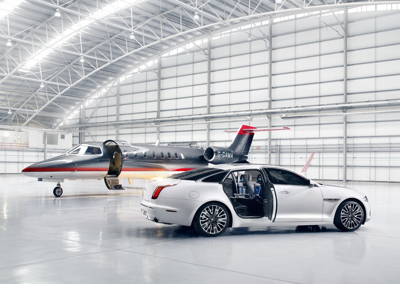 BMW Самолет Ангар бесплатно