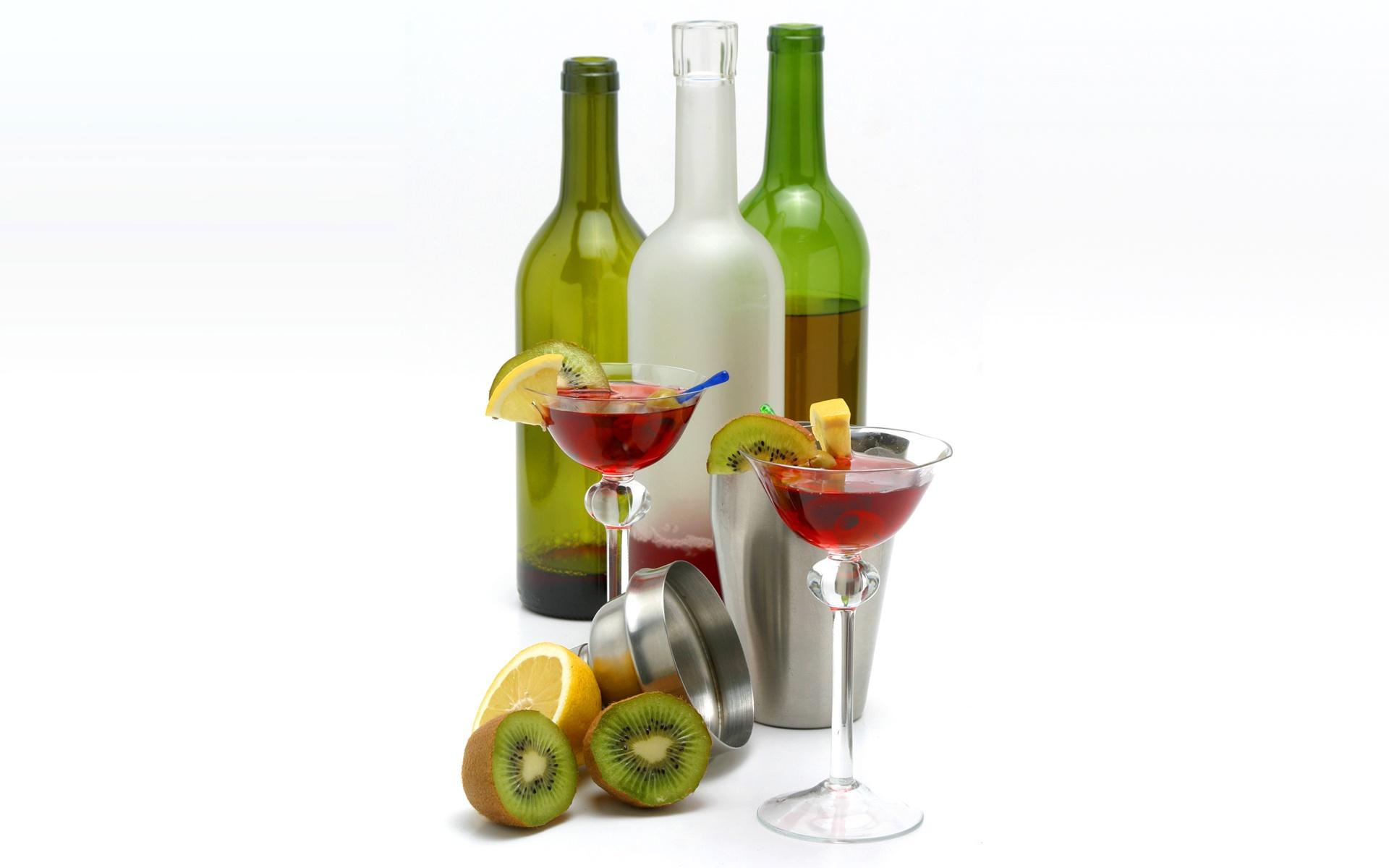 Обои для рабочего стола Вино Киви Лимоны Пища бокал Бутылка Коктейль Еда Бокалы бутылки Продукты питания