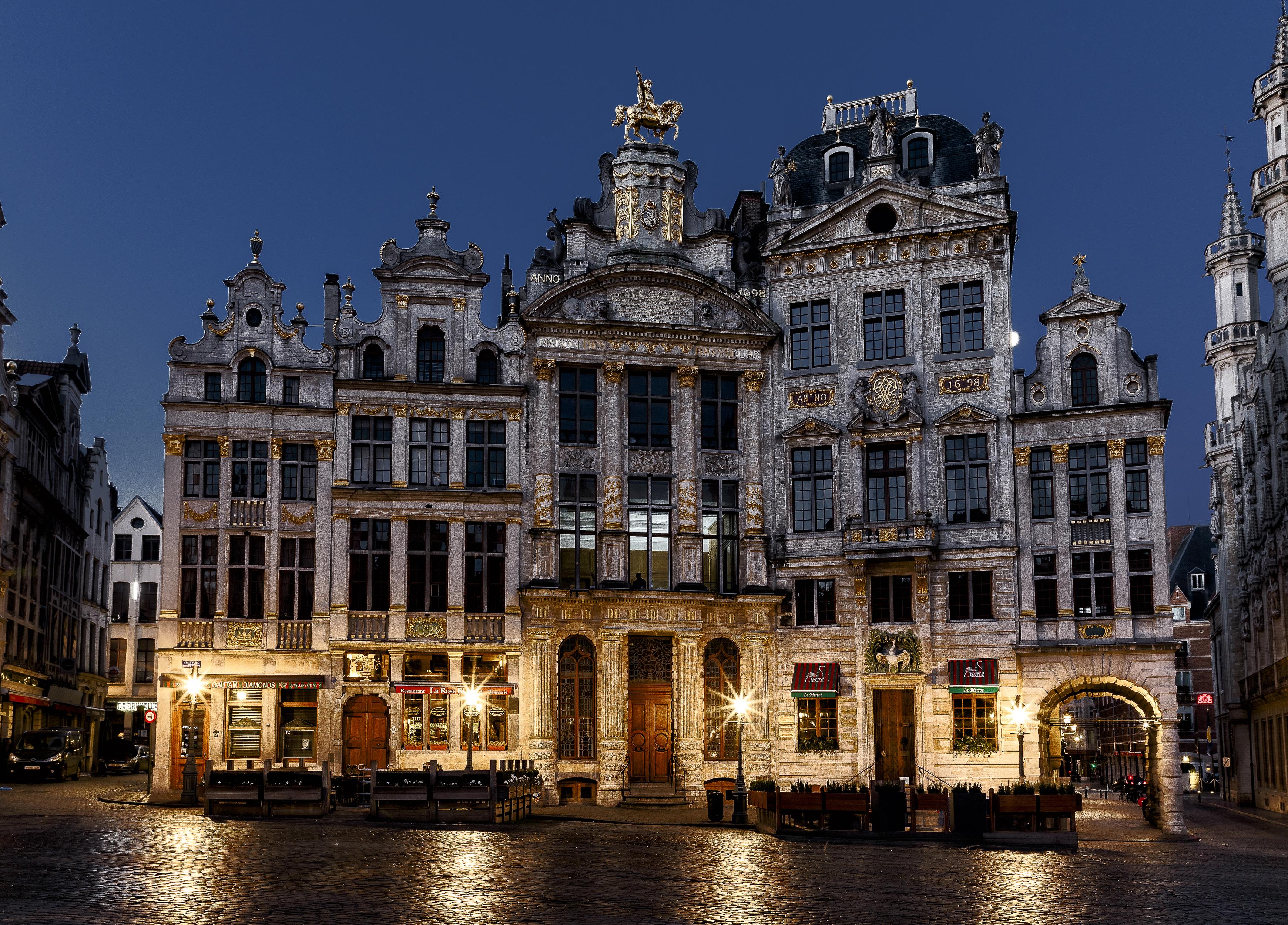 Фотография Бельгия Brussels в ночи Уличные фонари город Здания 3480x2500 Ночь ночью Ночные Дома Города