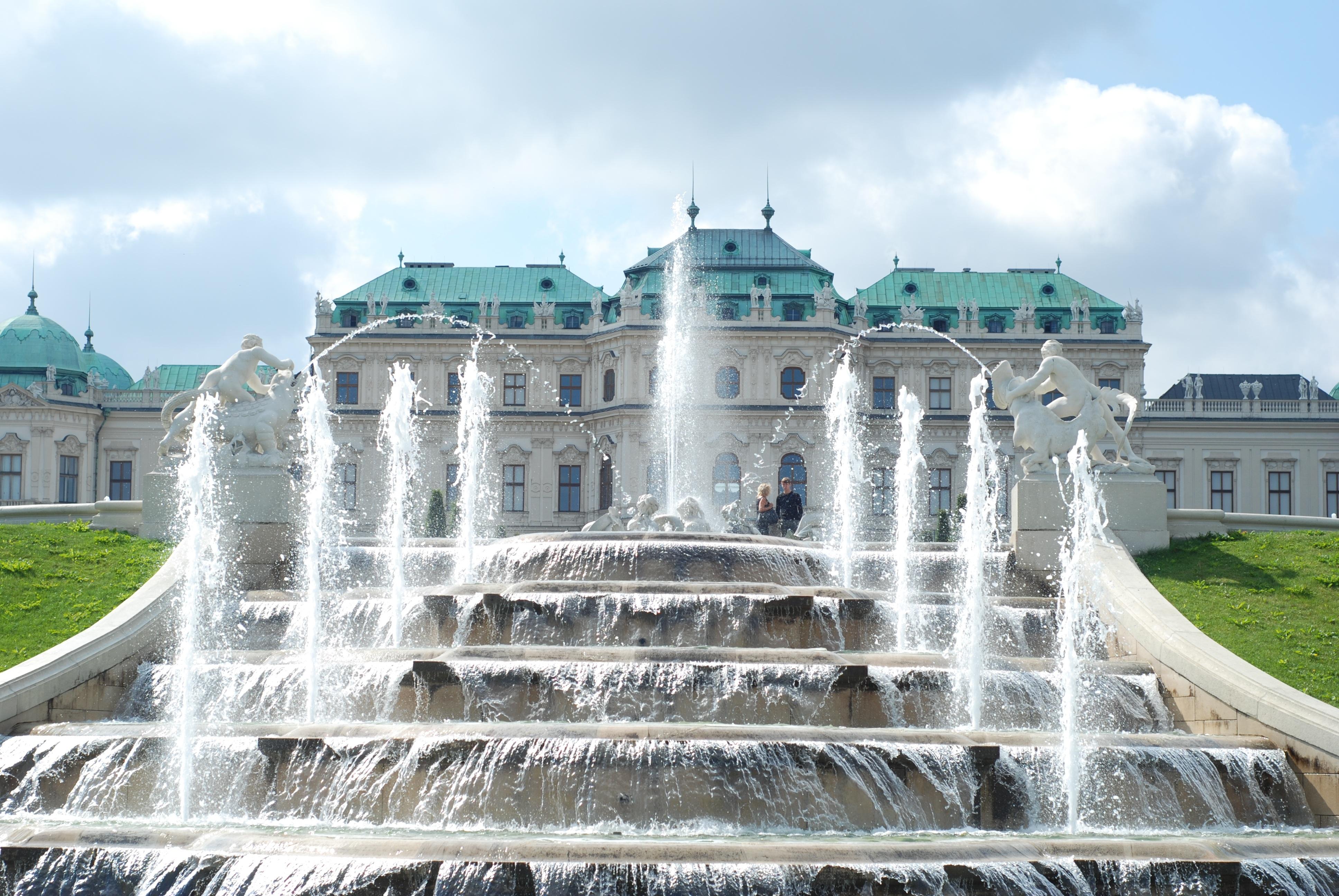 Фотографии Вена дворца Австрия Фонтаны Palace complex Belvedere Города скульптура 3872x2592 Дворец город Скульптуры
