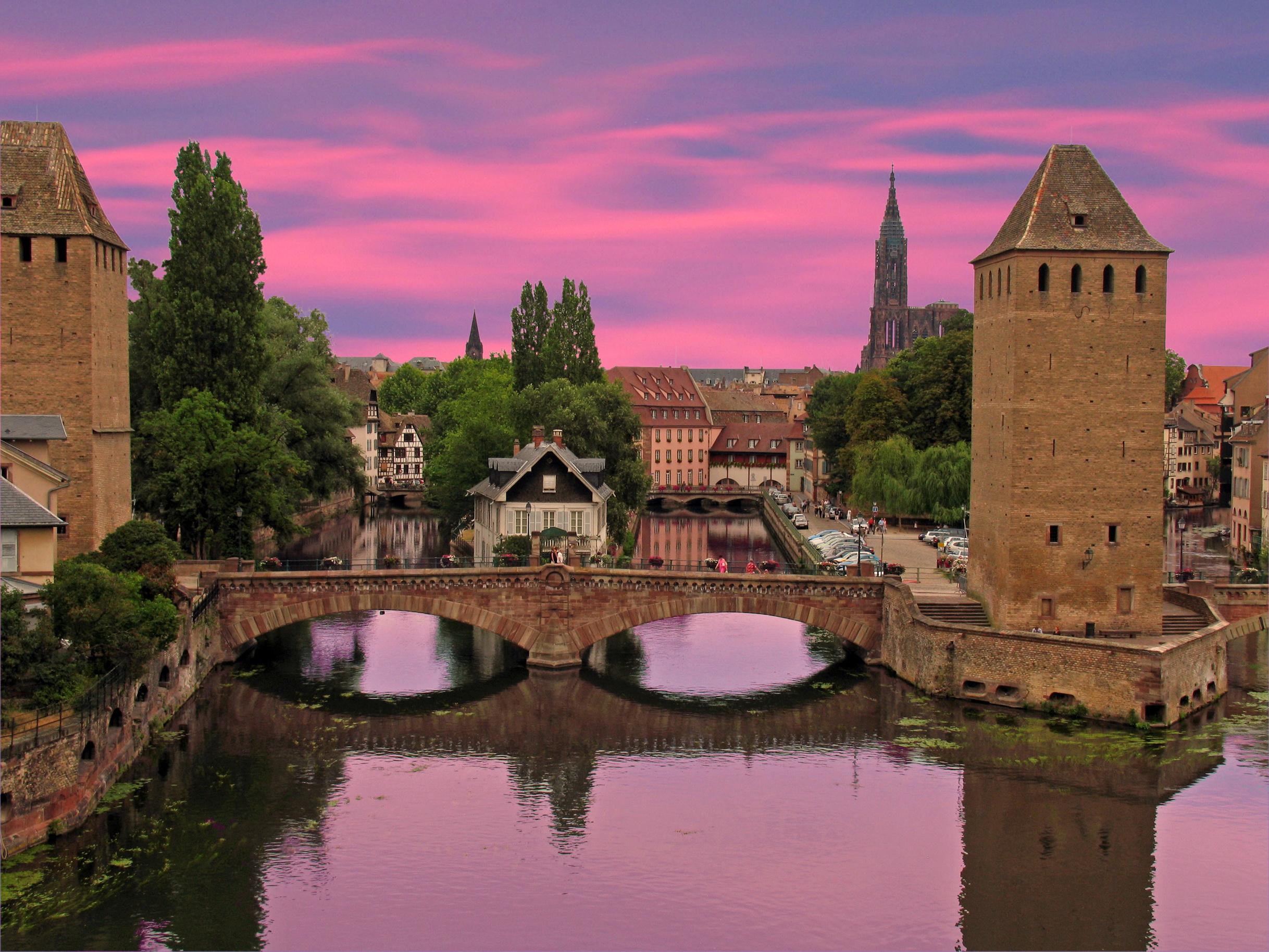 Фотографии Франция Alsace Strasbour Мосты Реки Города 2436x1827 мост река речка город