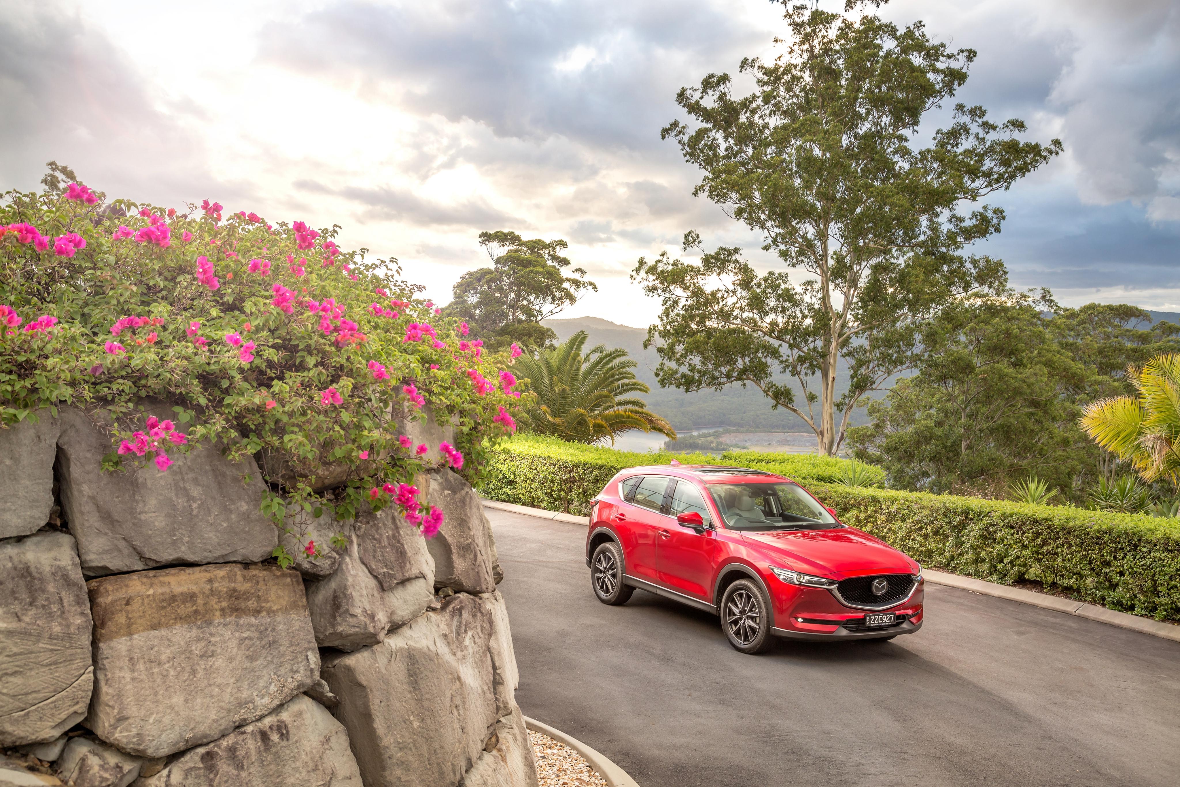 Картинка Mazda 2017 CX-5 Akera красных машина Металлик Мазда Красный красные красная авто машины автомобиль Автомобили