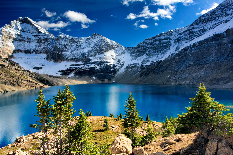 природа горы озеро небо деревья без смс