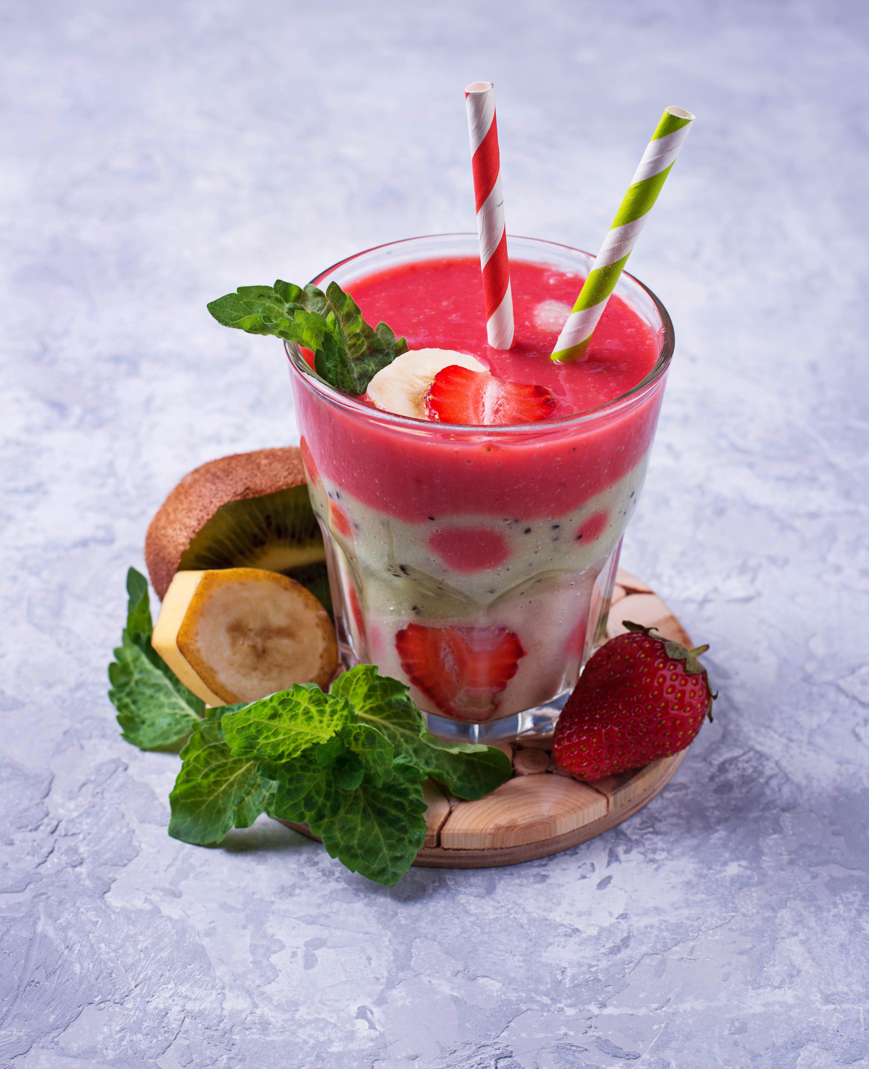 Картинки Стакан Клубника Пища Коктейль 3580x4400 стакана стакане Еда Продукты питания