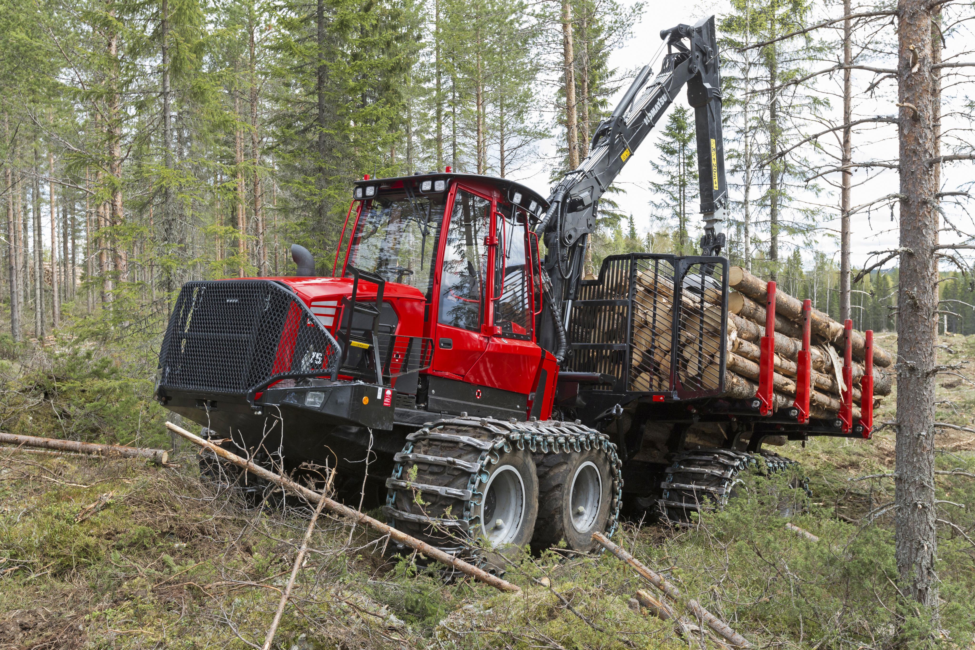 Фото Форвардер 2016-17 Komatsu 875 Бревна лес бревно Леса