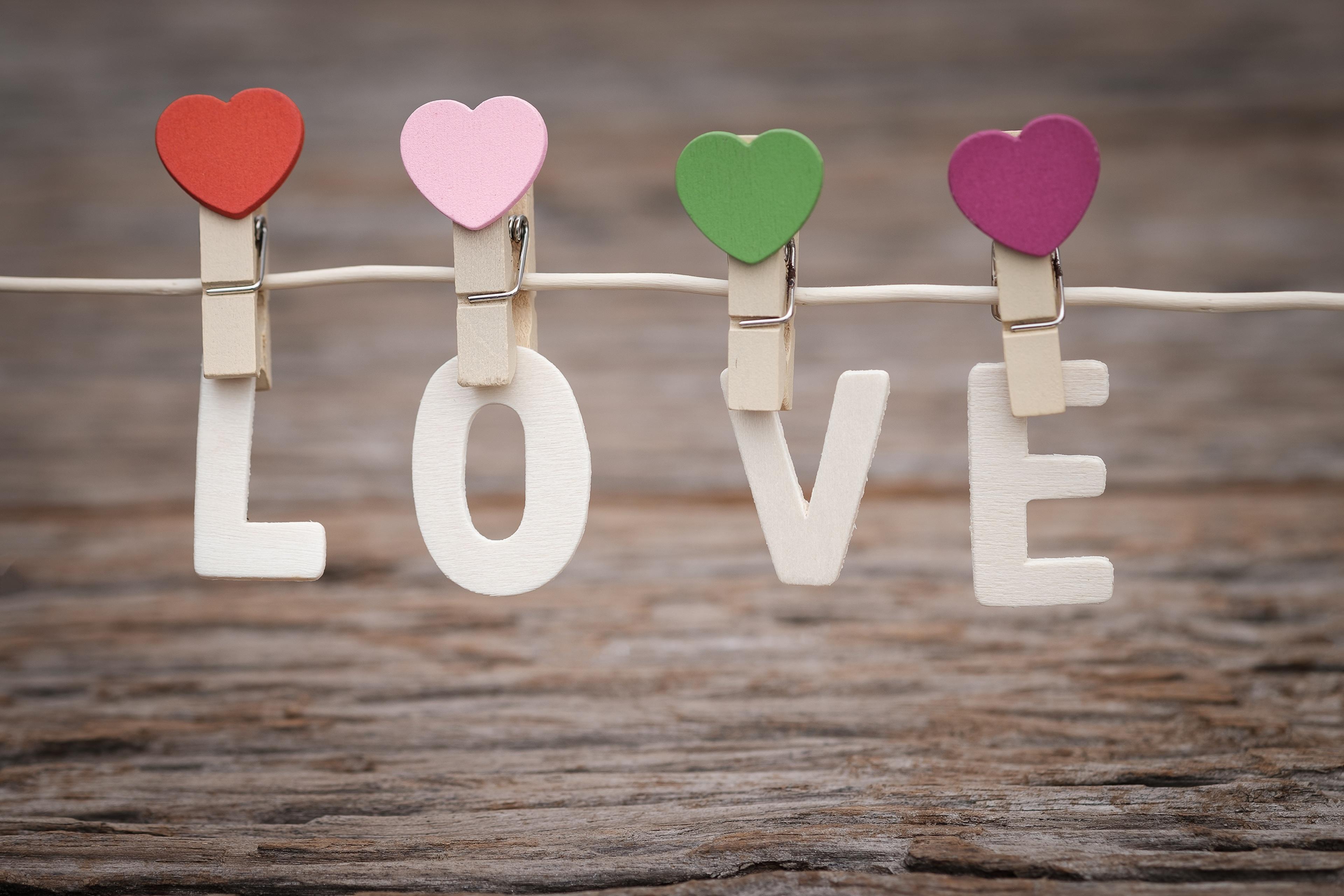 Фотография День святого Валентина английская Сердце Прищепки Слово - Надпись День всех влюблённых Английский инглийские серце сердца сердечко слова текст