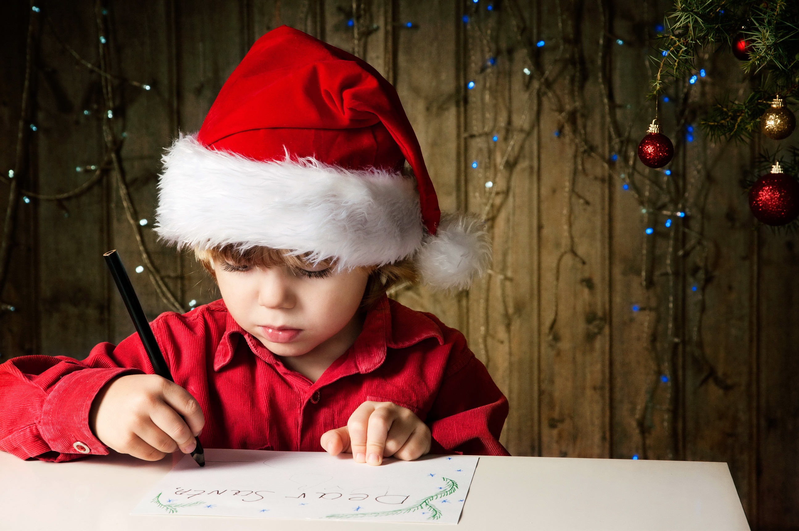 essays christmas kids These christmas creative writing ideas can help you and your students to come up with new ways to express yourself creatively while sugar plums dance in your head.