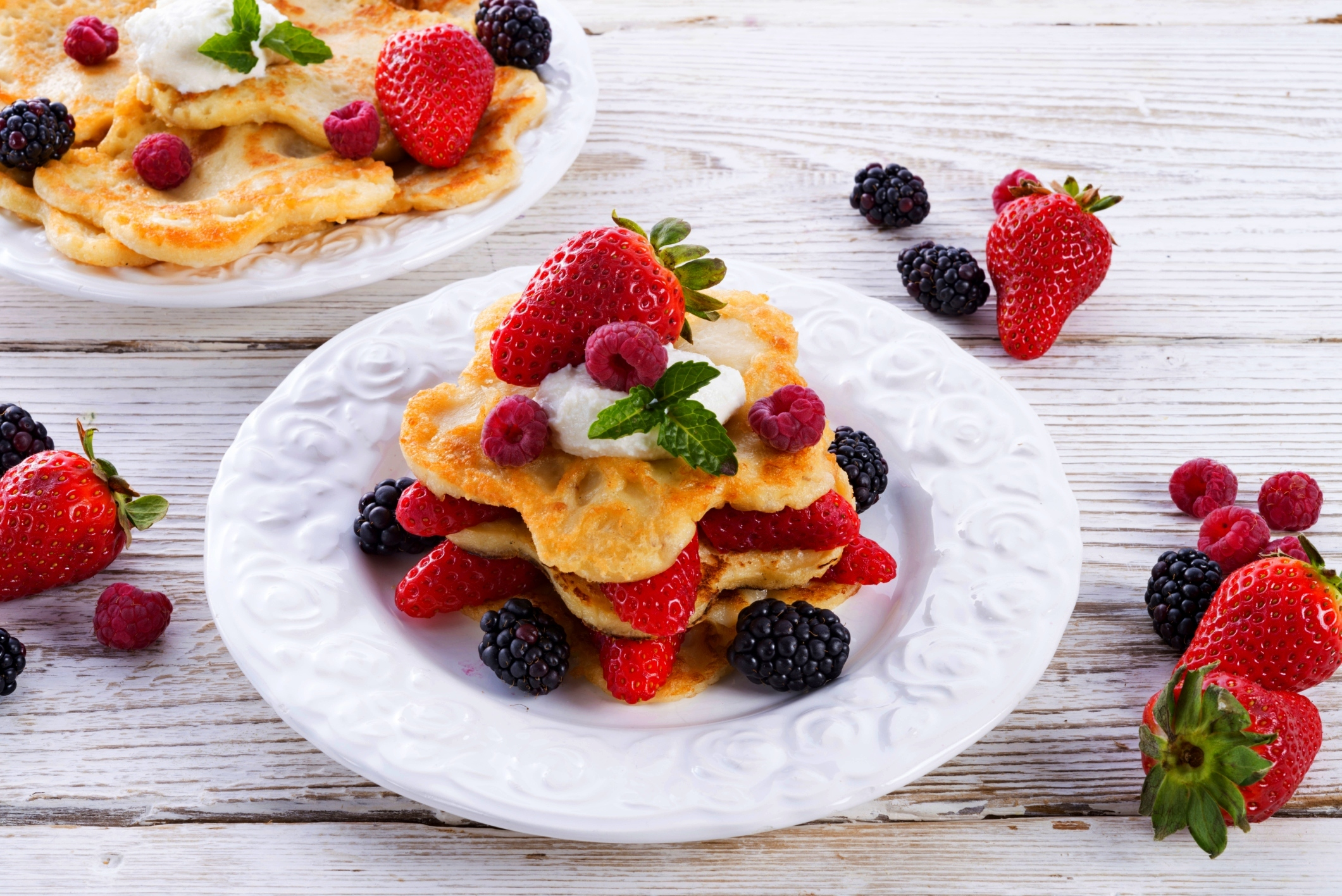 pancakes with strawberries - HD1920×1282