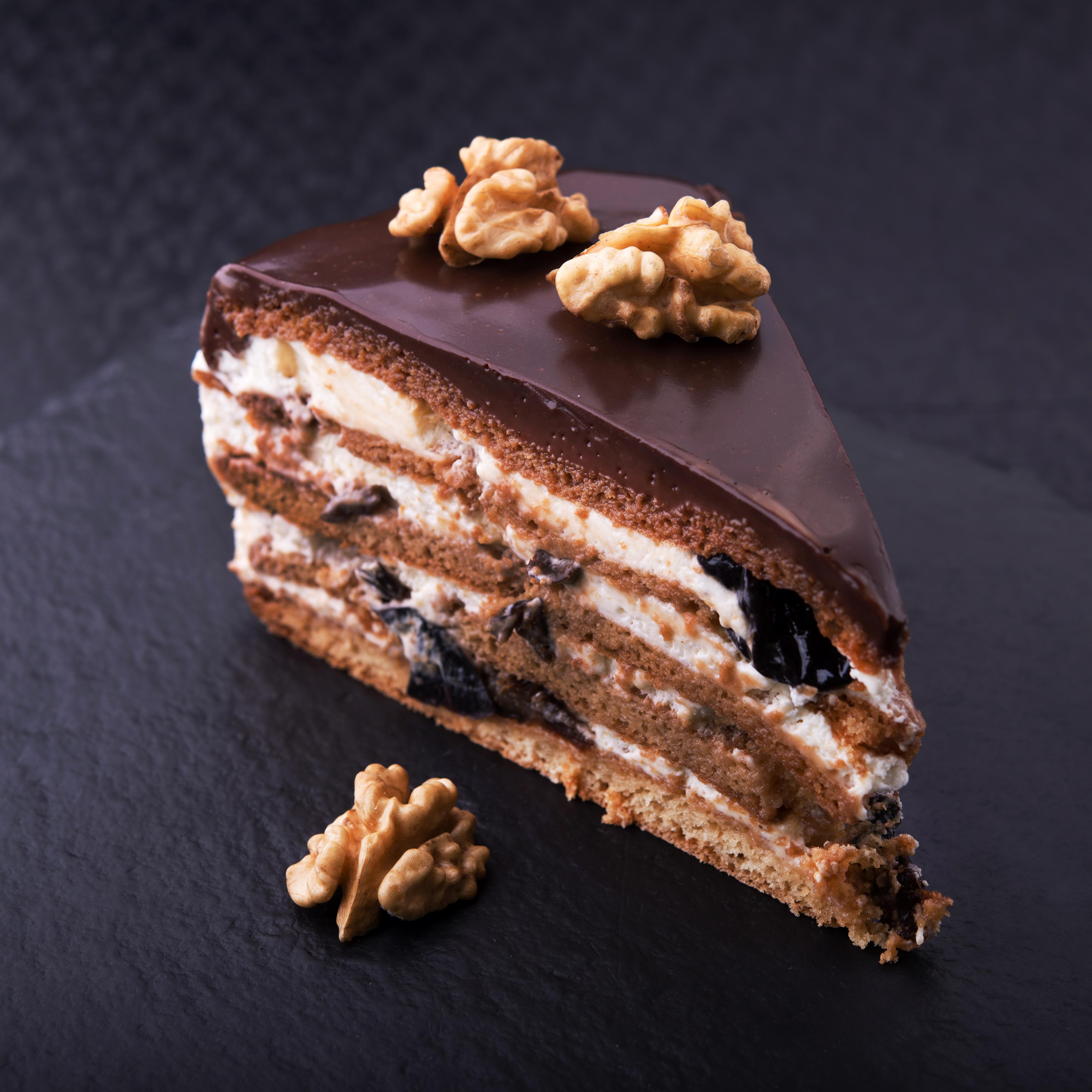 Фото Шоколад Торты кусочки Еда Орехи Пирожное Сладости 4016x4016 часть Кусок кусочек Пища Продукты питания
