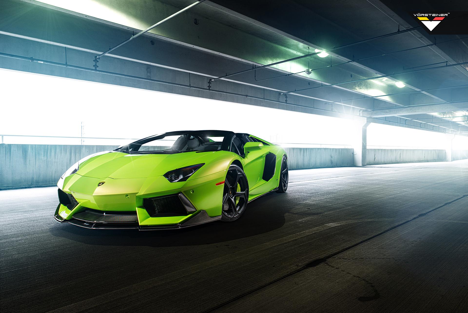 зеленый спортивный автомобиль бесплатно