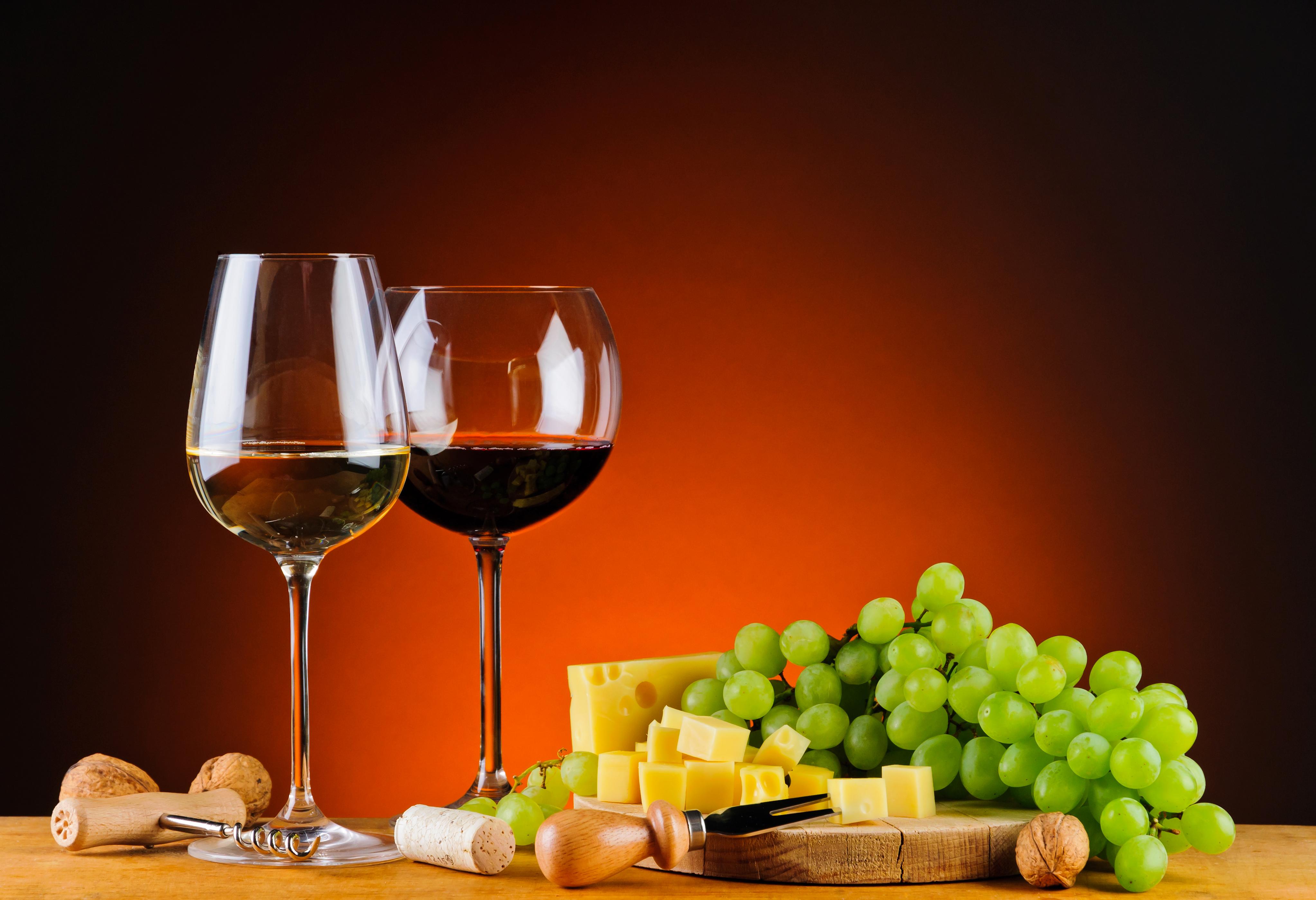 Бочонок, сыр, вино, виноград без смс