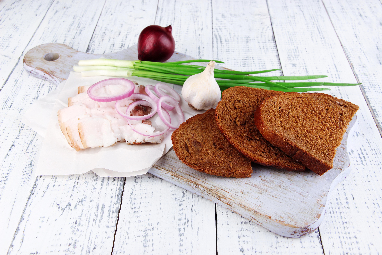 Селедка Чугун Лук хлеб без смс