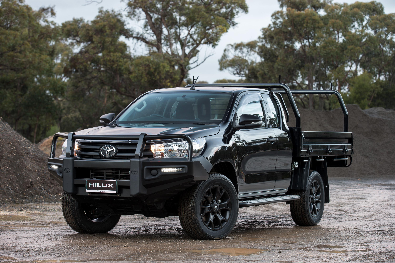 Toyota Hilux грузовой бортовой #9