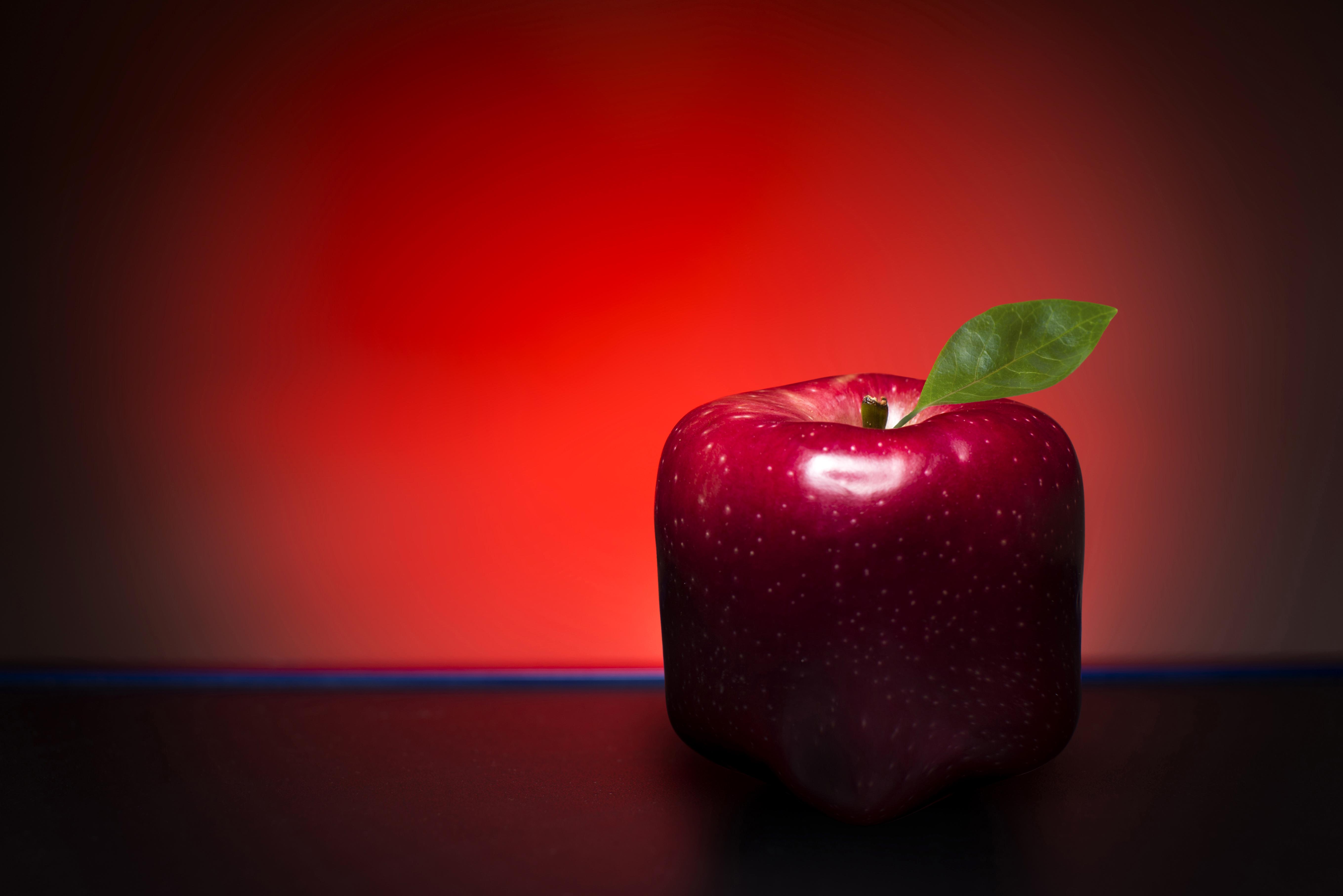 Обои для рабочего стола красная Яблоки оригинальные Пища Крупным планом 5437x3629 красных красные Красный Креатив креативные Еда Продукты питания вблизи