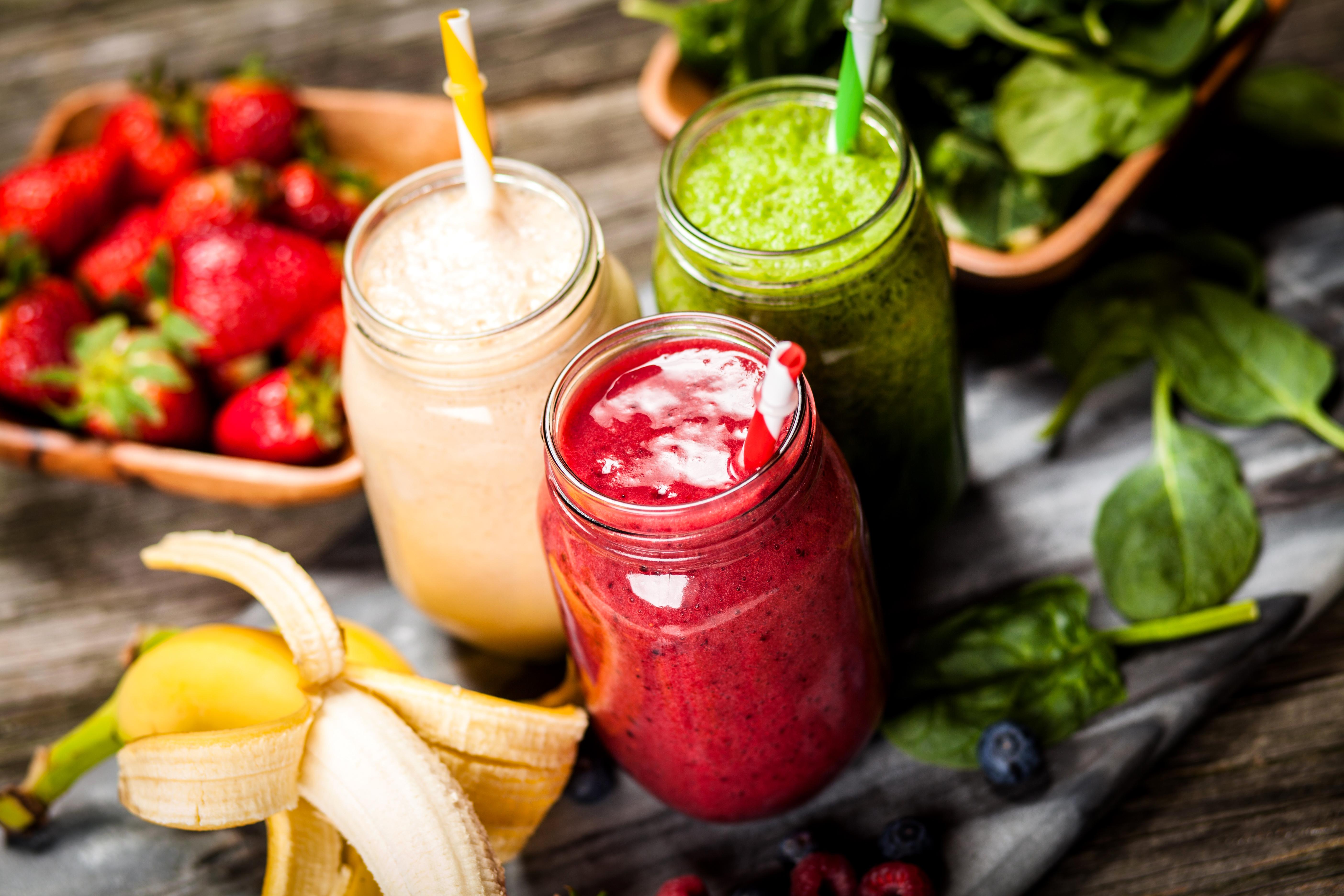 Фотографии Стакан Пища втроем Коктейль Напитки стакана стакане Еда три Трое 3 Продукты питания напиток