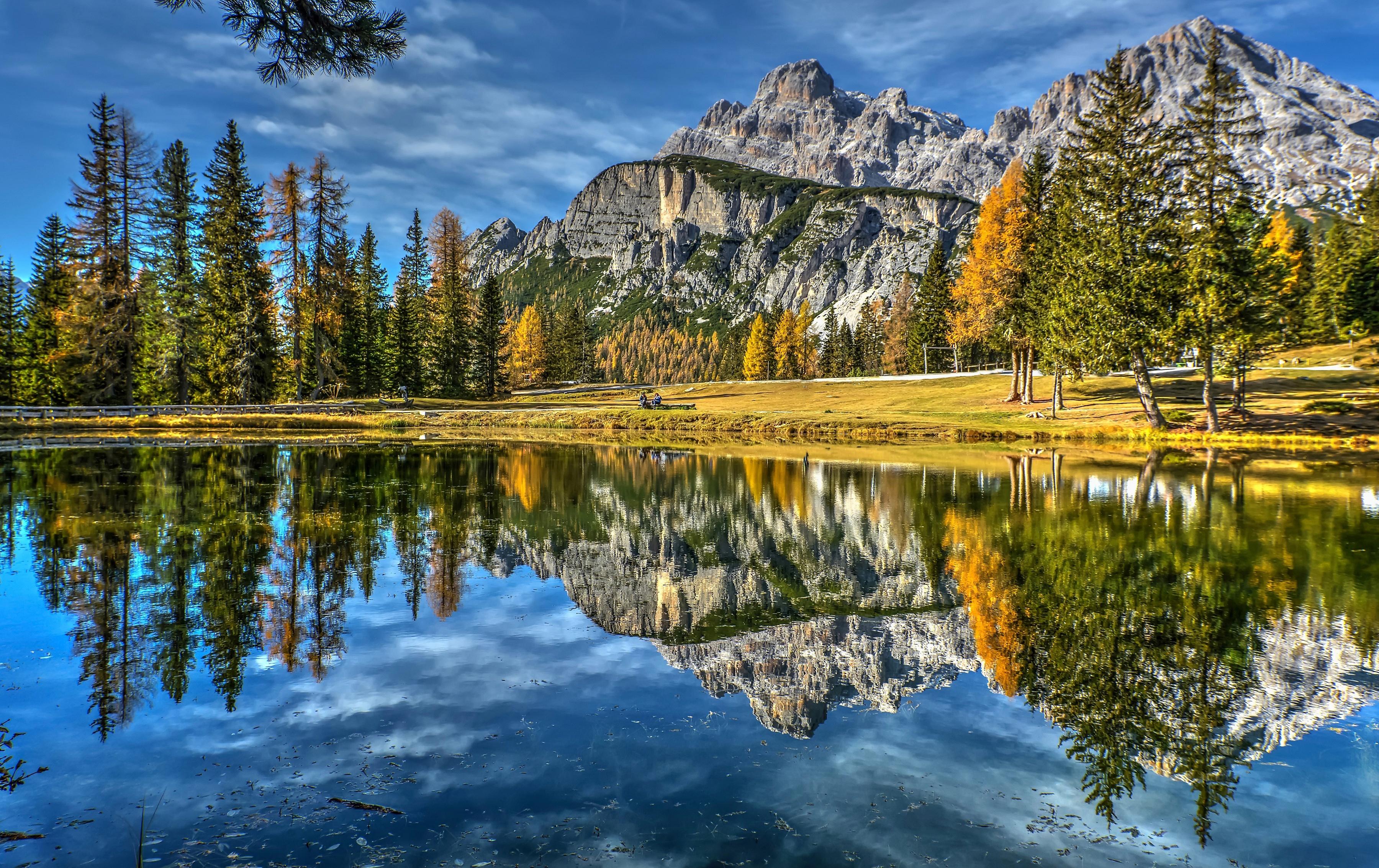 Фото Италия Dolomites Lake Antorno Горы Природа Озеро Пейзаж отражается 3600x2267 Отражение отражении