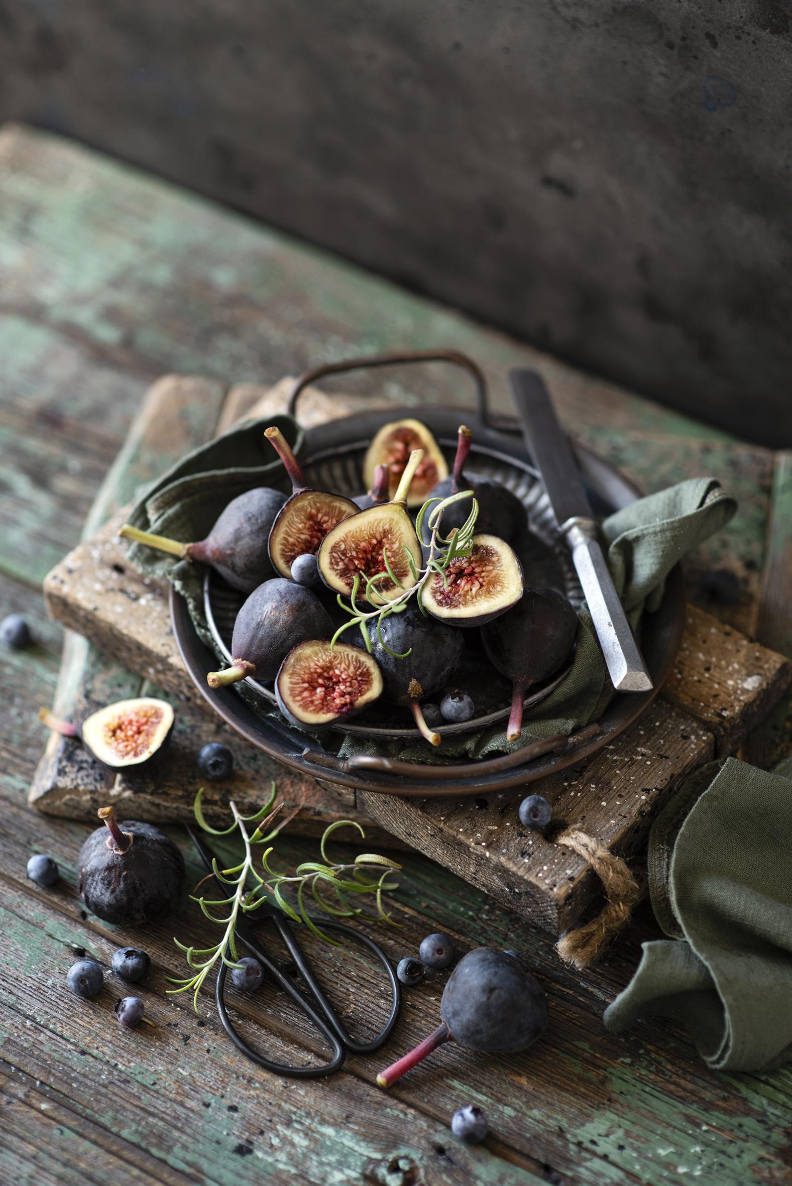 Фотография ножик Инжир Черника Еда Доски  для мобильного телефона Нож Пища Продукты питания