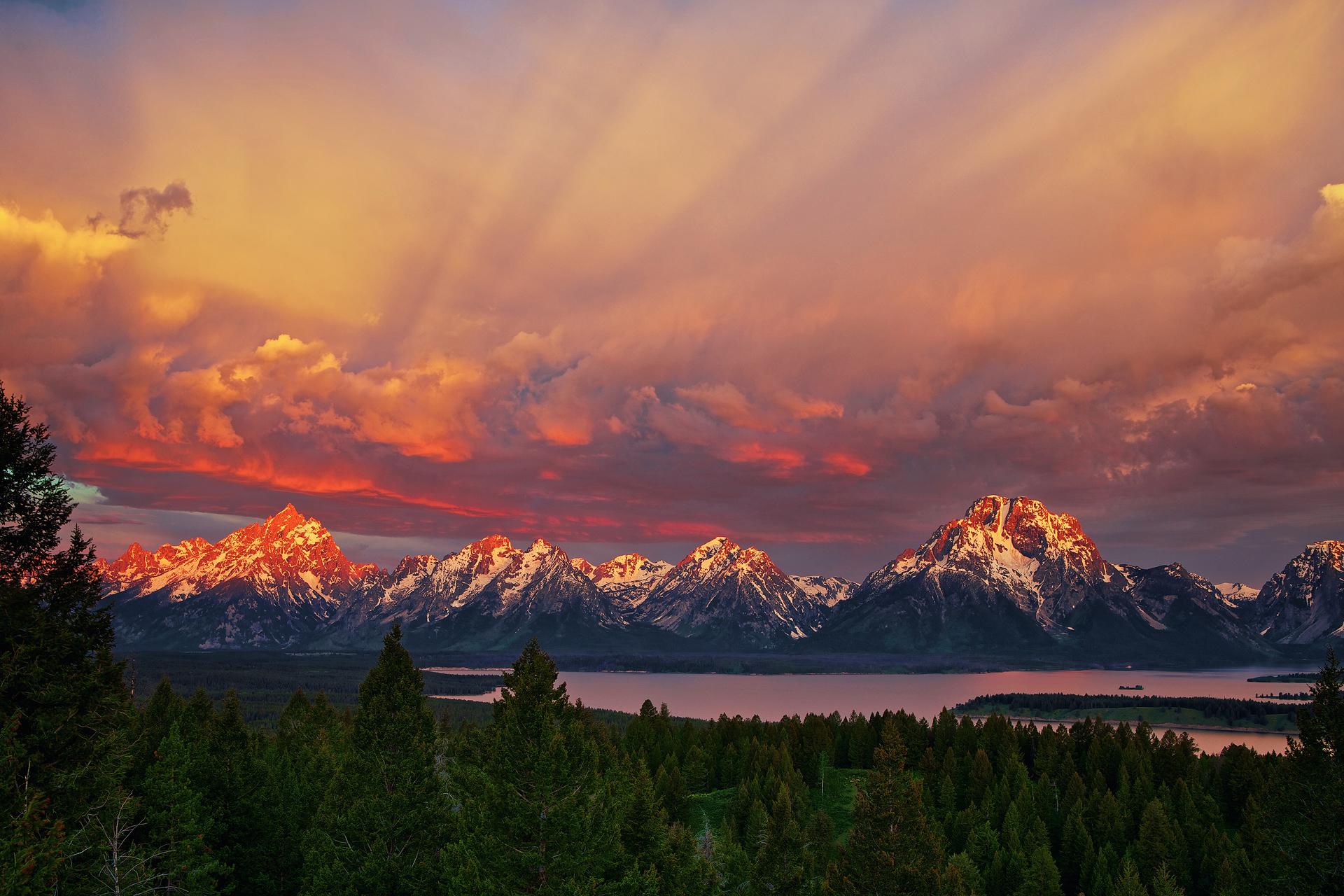 горы закат озеро скачать