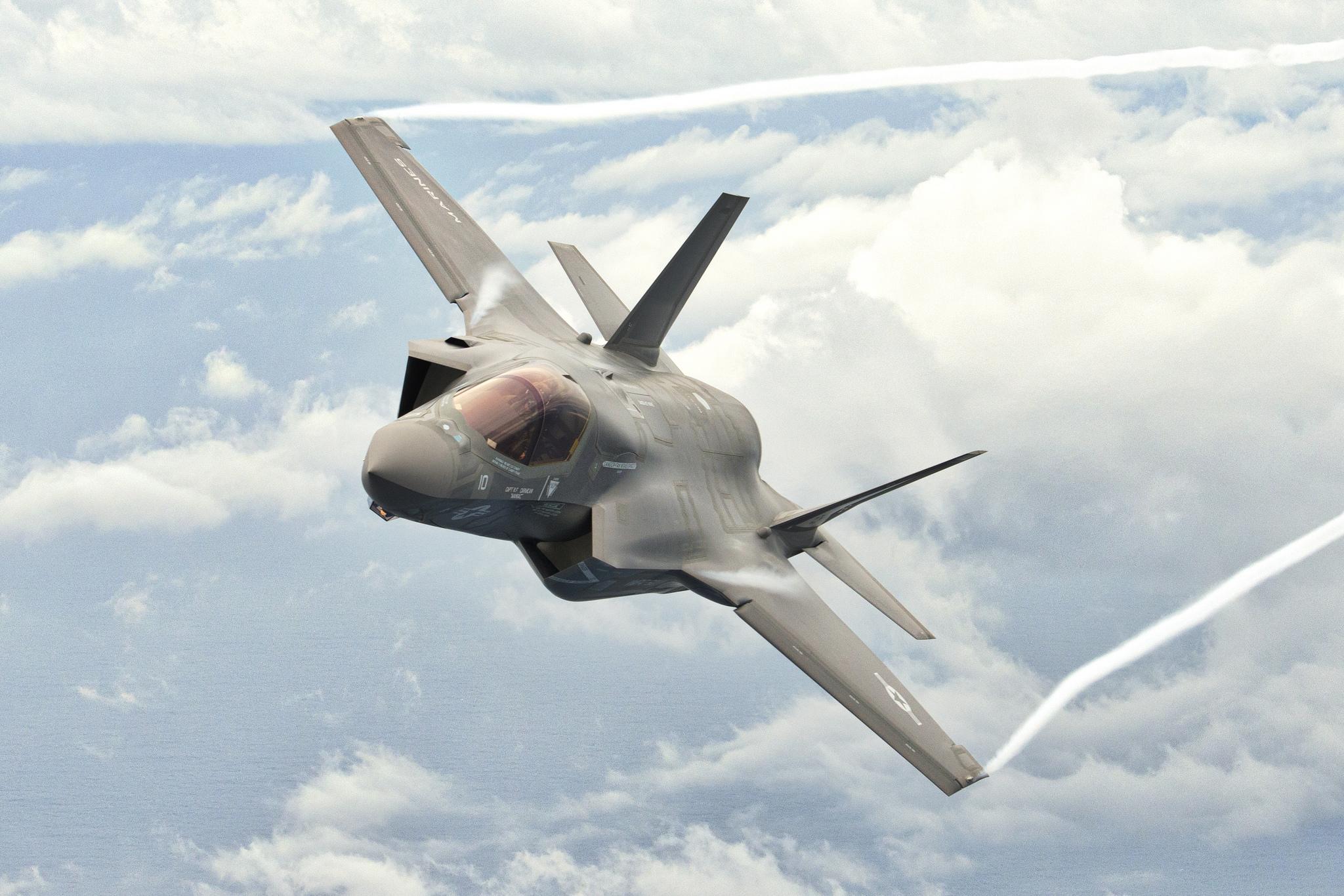 Истребитель F-35 бесплатно