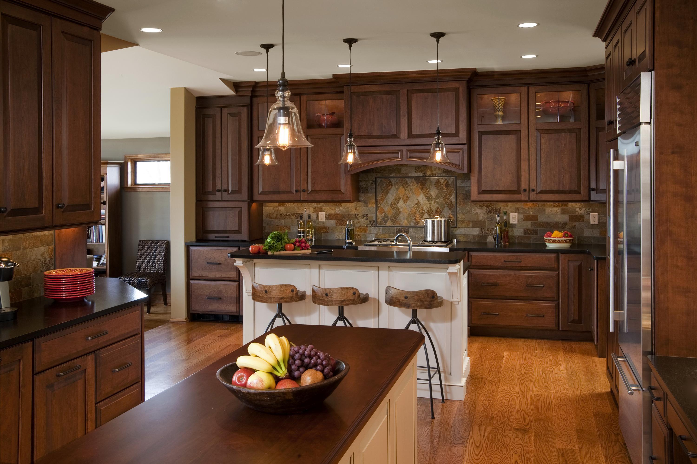 Кухня деревянная без смс