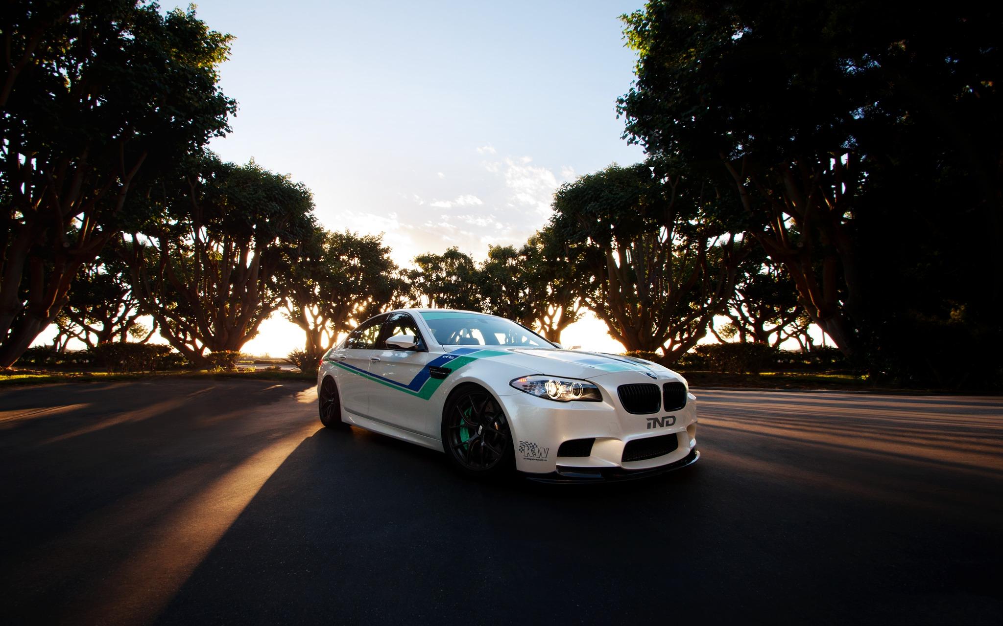 BMW M5 white скачать