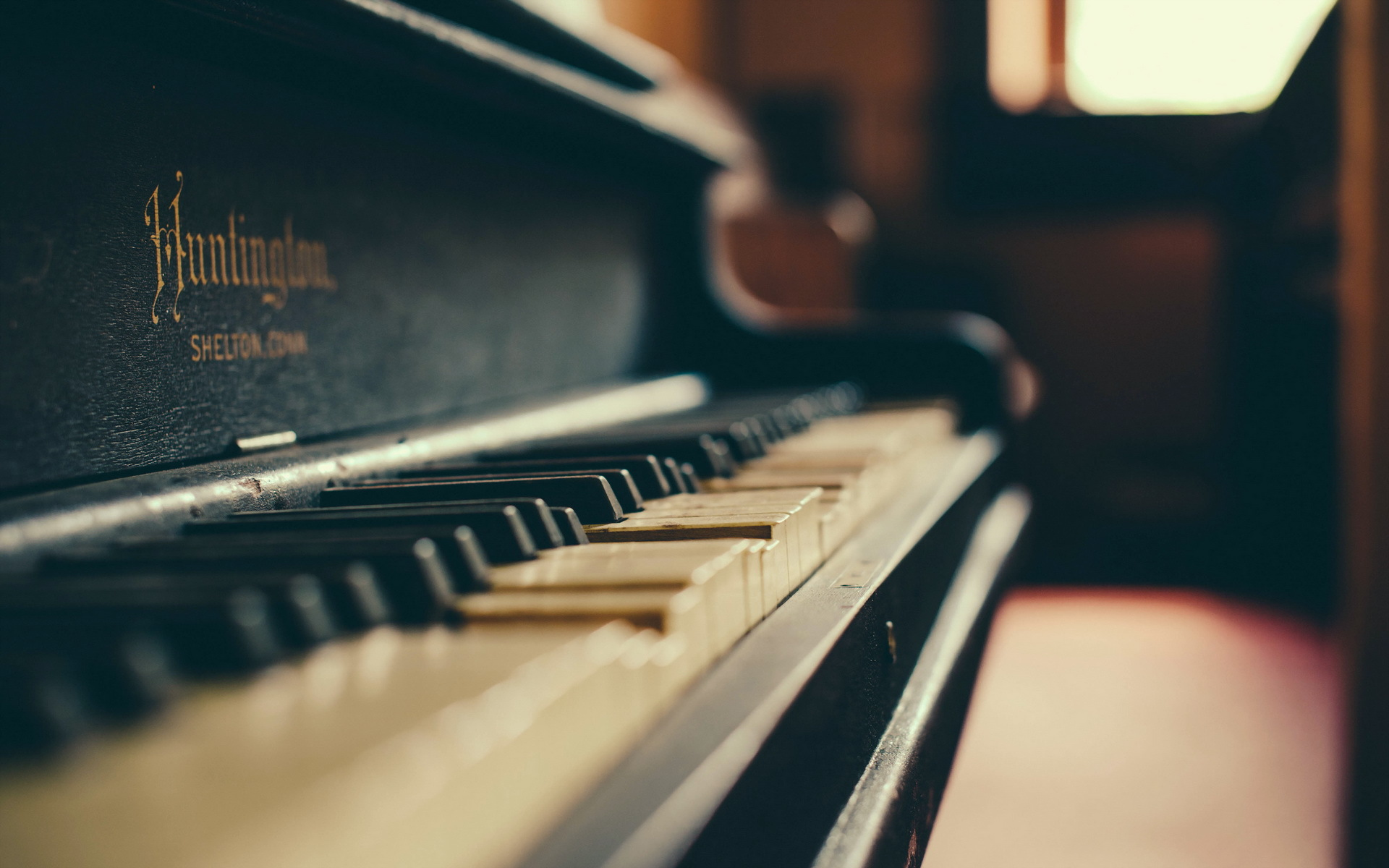 piano and drums poem analysis