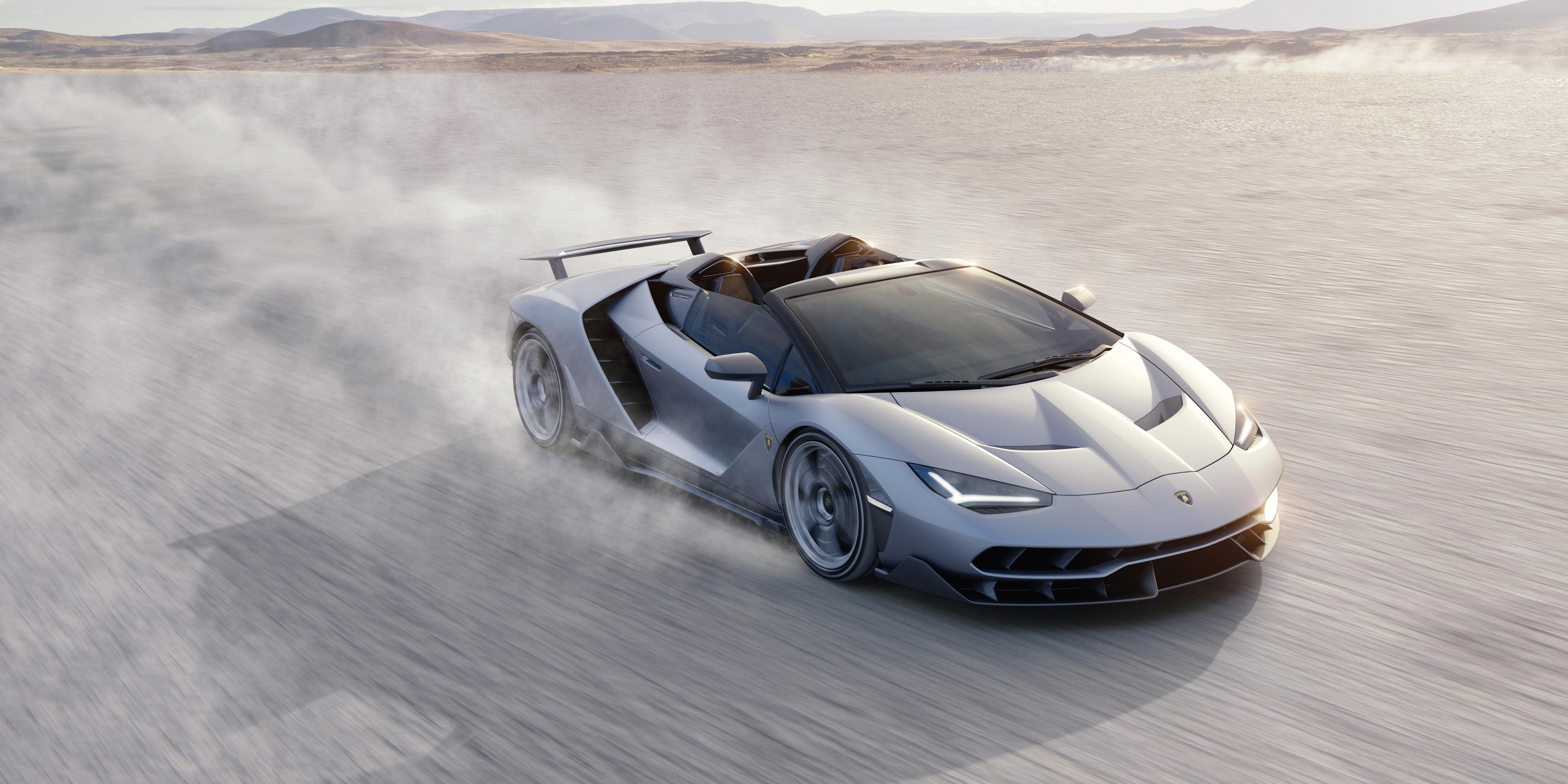 Картинки Lamborghini 2016 Centenario Roadster Родстер Роскошные Серебристый скорость машина 4096x2048 Ламборгини дорогие дорогой дорогая люксовые роскошная роскошный серебряный серебряная серебристая едет едущий едущая Движение авто машины автомобиль Автомобили