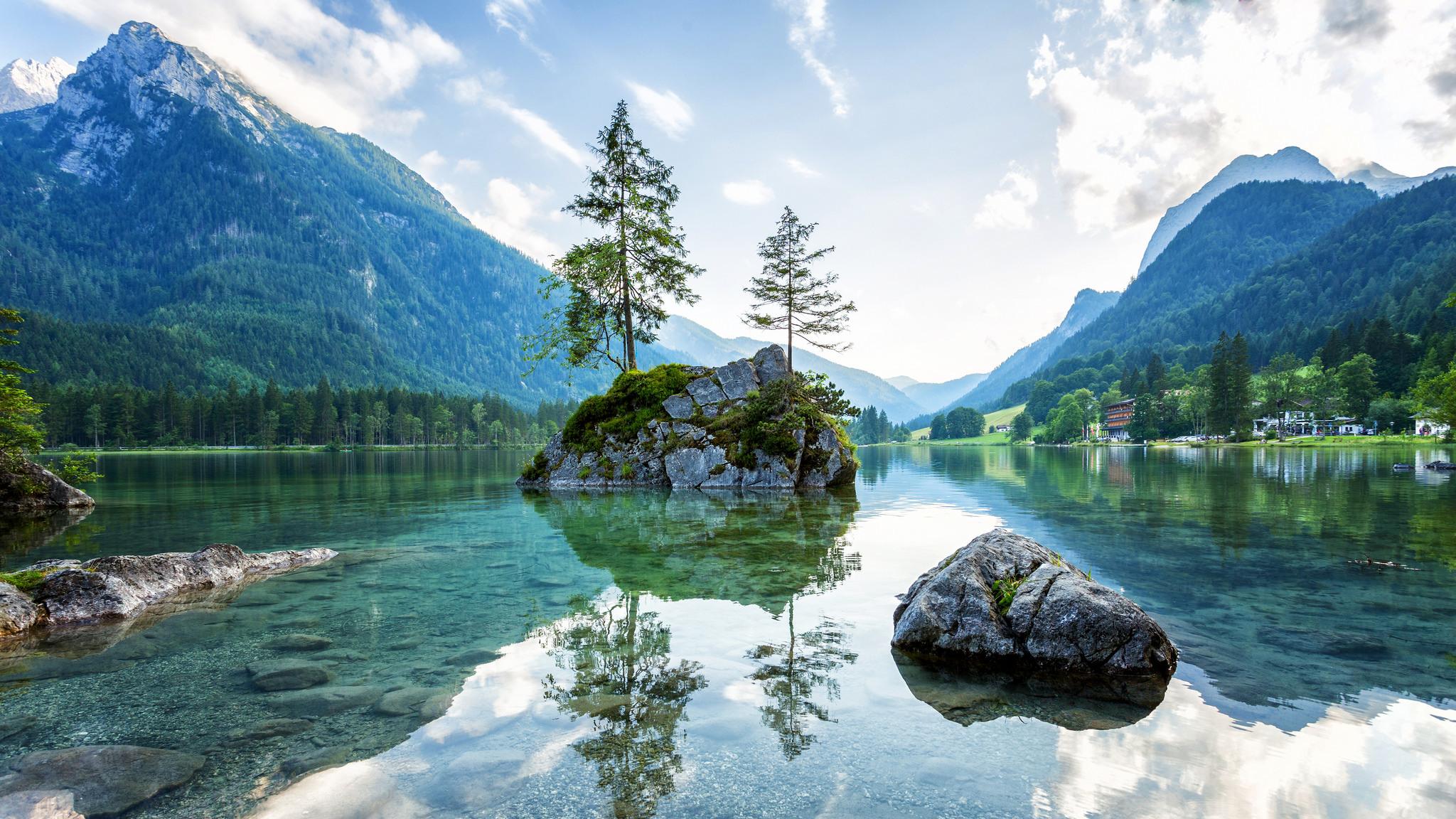 Loisach River, Wetterstein Mountains, Eschenlohe, Germany в хорошем качестве