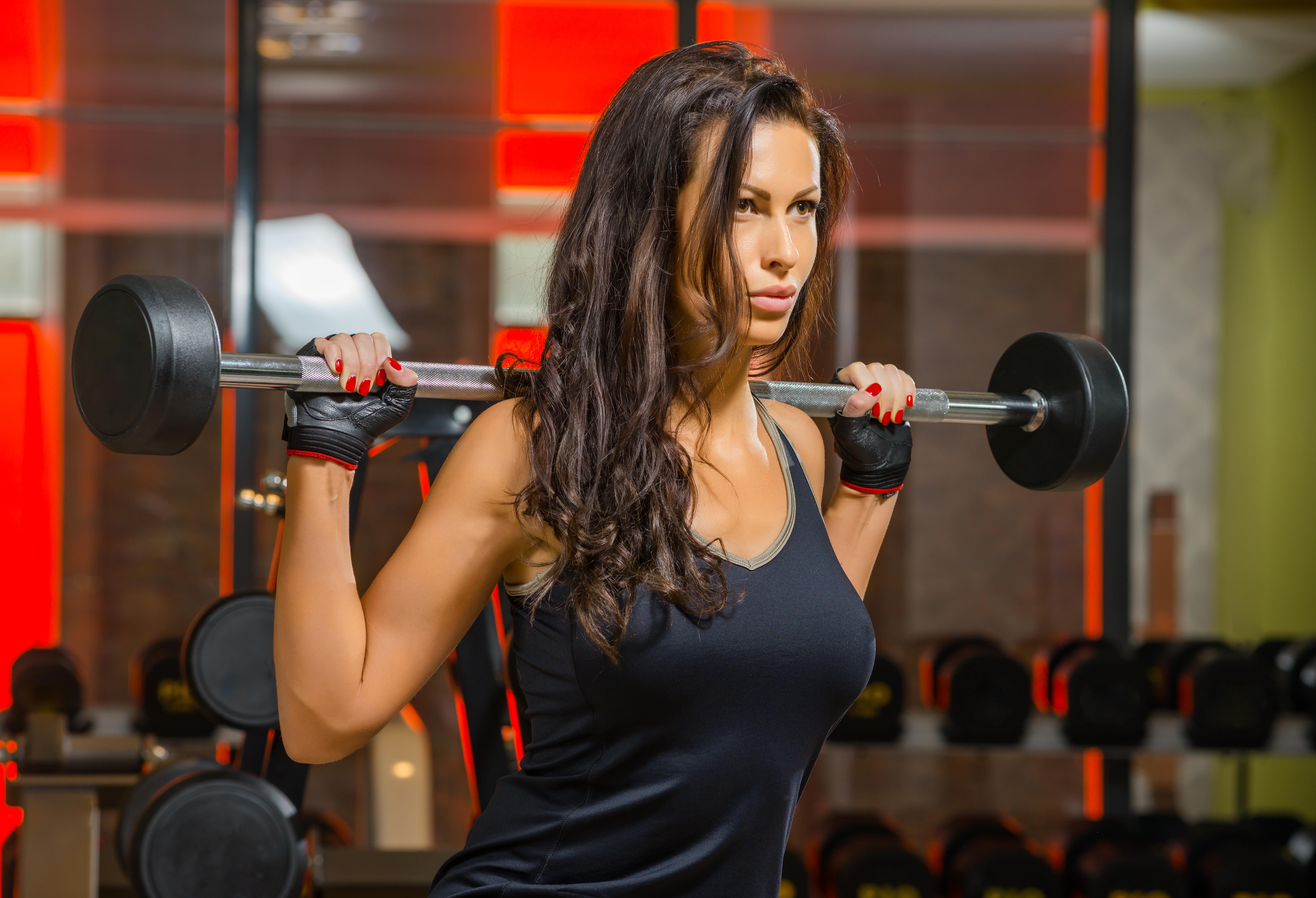 Фото девушек в фитнес зале, Спортивные девушки (37 фото) 20 фотография