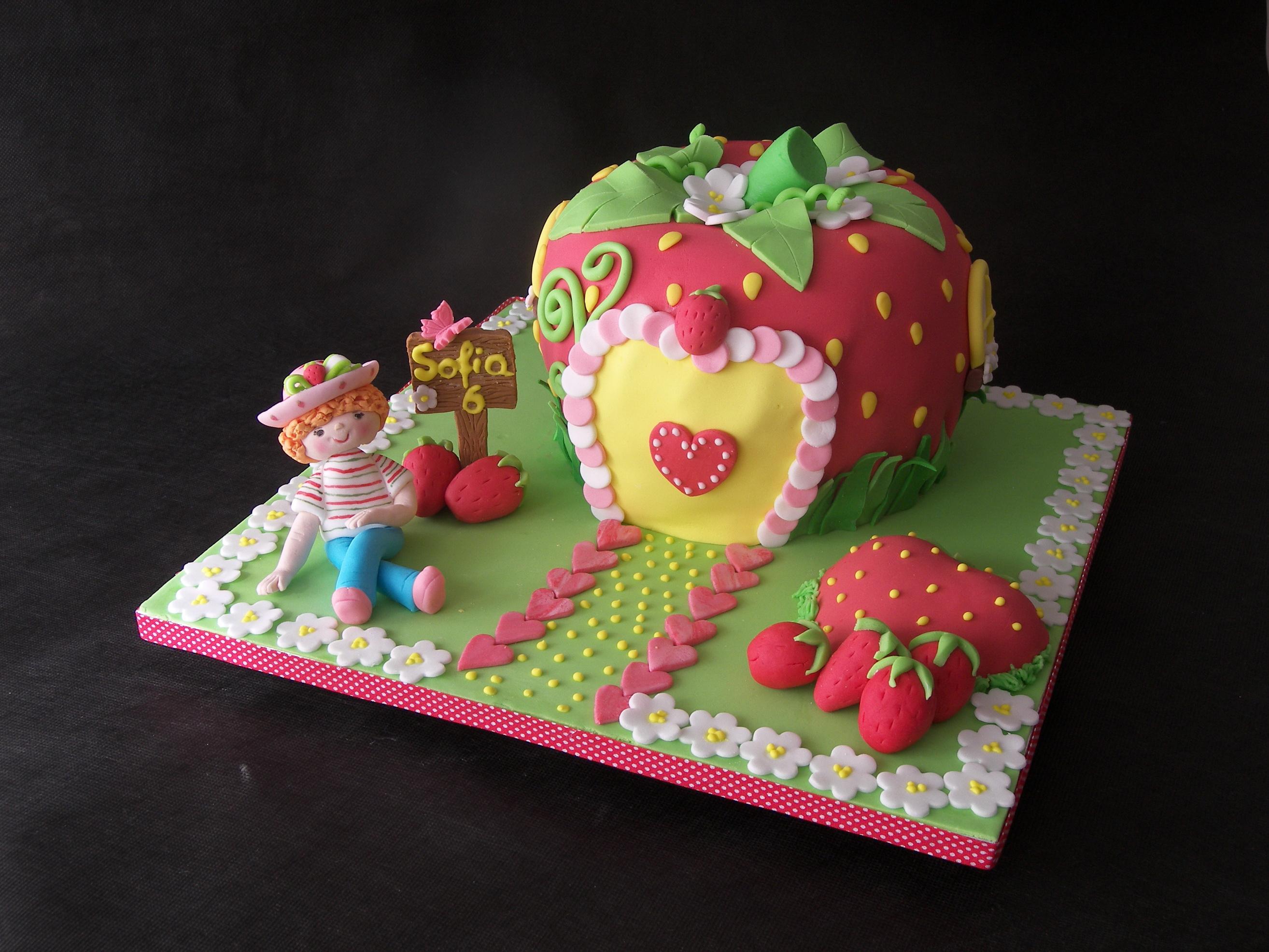 Фотография Торты Продукты питания Сладости Цветной фон 2628x1971 Еда Пища сладкая еда