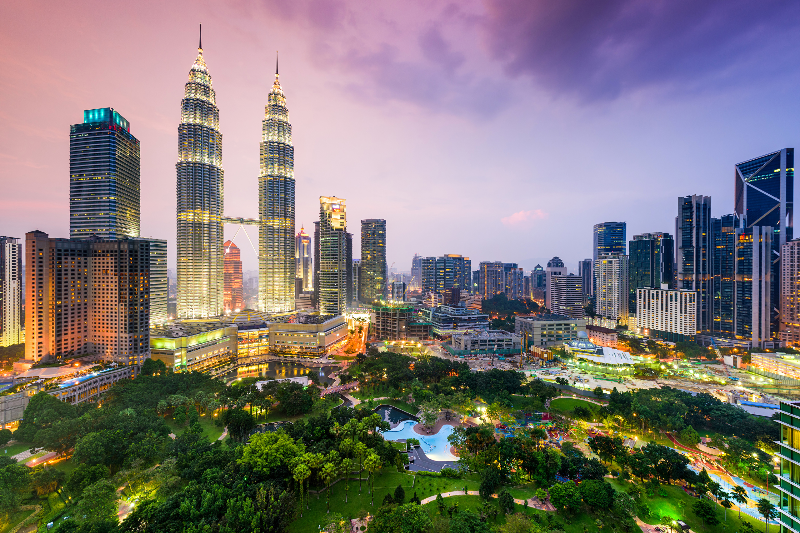 background of klcc