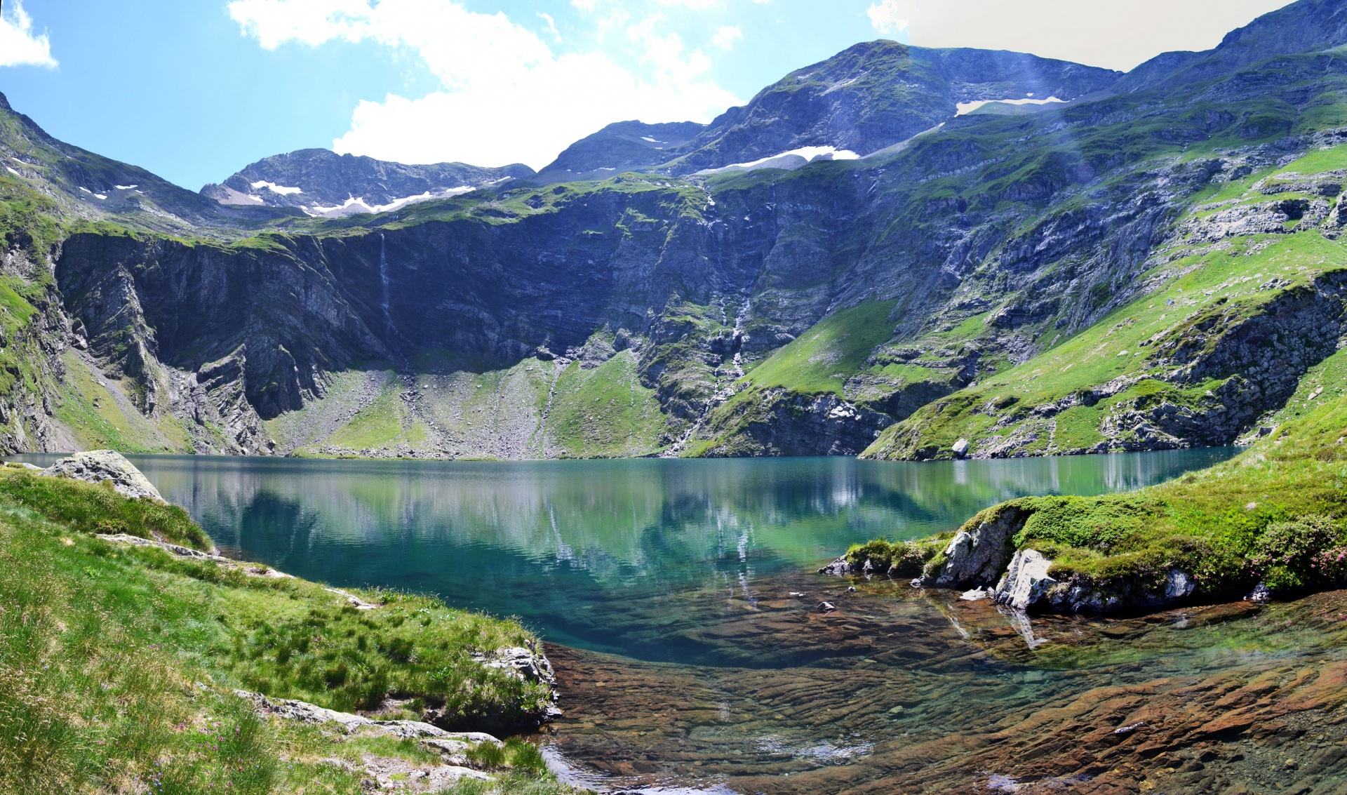 Картинка Альпы Италия Val Gardena Горы Природа Озеро Мох 1920x1133