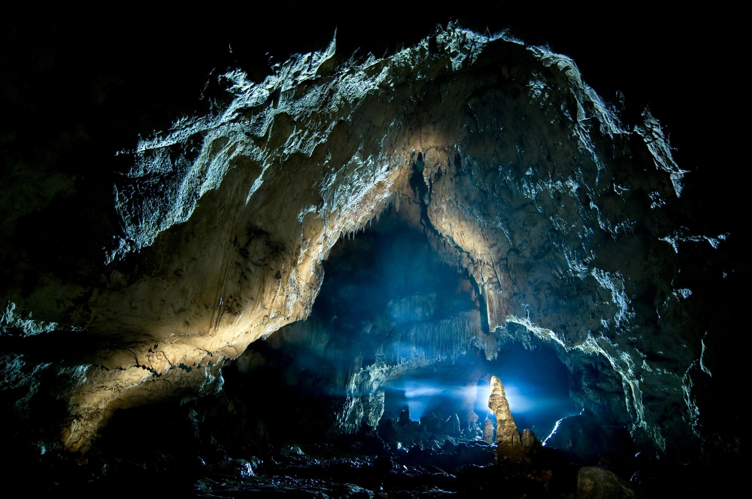 Фото Скала Пещера Природа 2560x1700 Утес скалы скале пещере пещеры