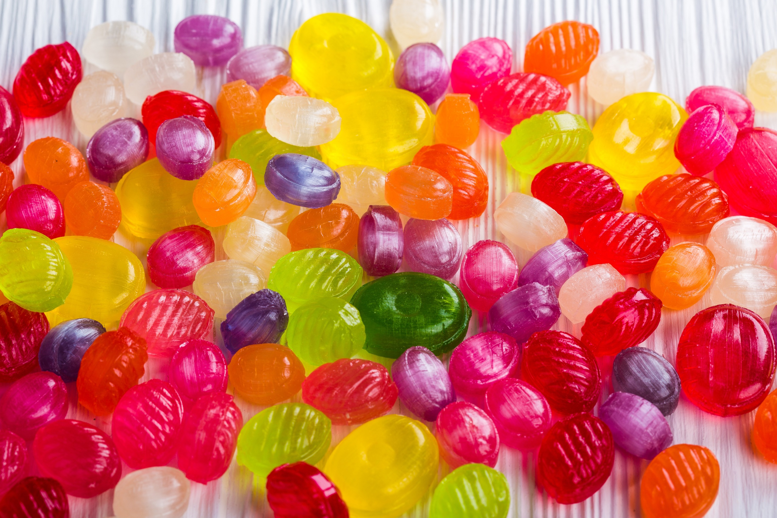 Картинка Разноцветные Конфеты Леденцы Еда Много Сладости 2560x1706 Пища Продукты питания