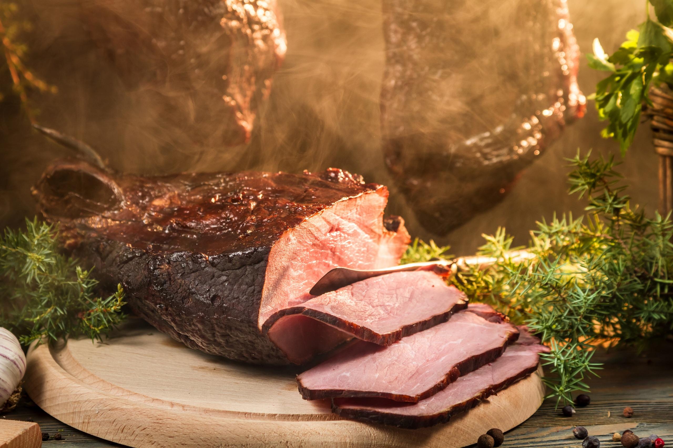 Картинки Ветчина Еда Нарезанные продукты Мясные продукты 2560x1706 Пища нарезка Продукты питания