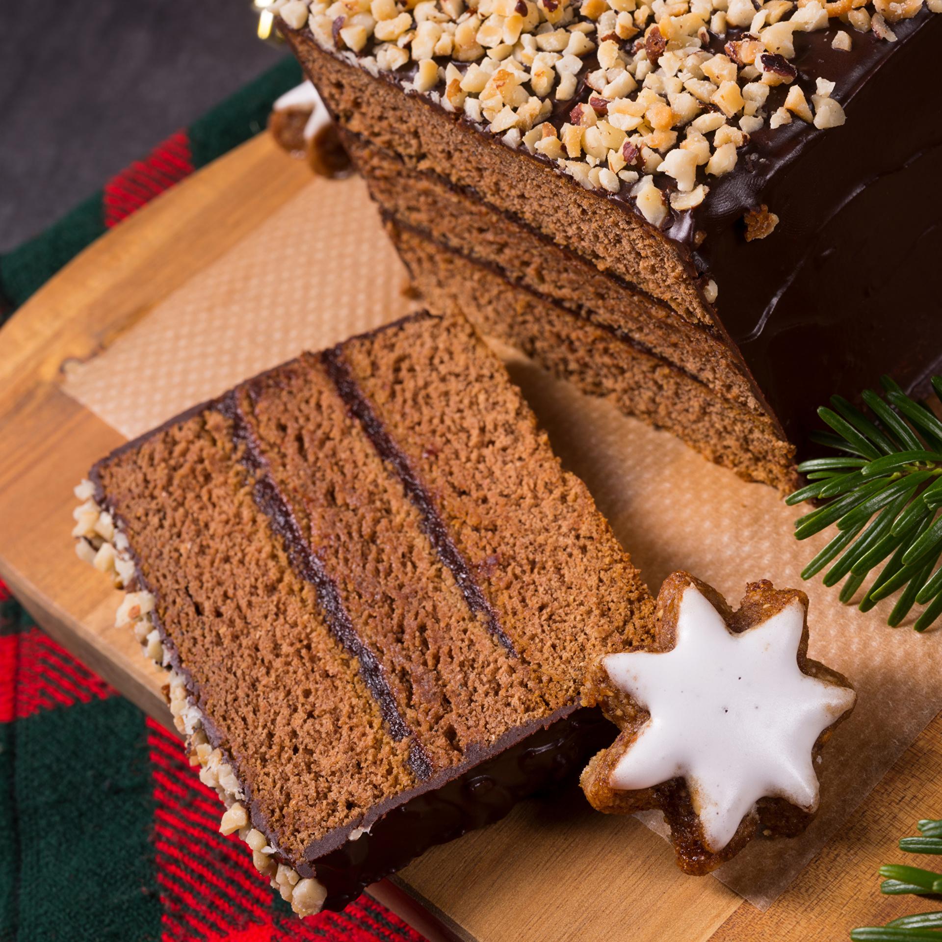 Картинка Новый год Шоколад Торты Кусок Пища Печенье Выпечка 1920x1920 Рождество часть кусочки кусочек Еда Продукты питания