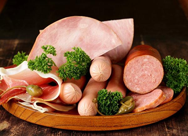 Картинки Колбаса Сосиска Ветчина Еда Мясные продукты 600x433 Пища Продукты питания