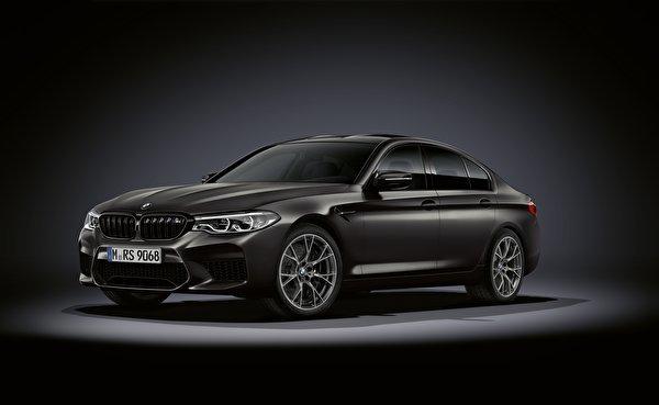 Фотография БМВ M5, F90, 2019, Edition 35 Years черная Автомобили 600x369 BMW Черный черные черных авто машины машина автомобиль