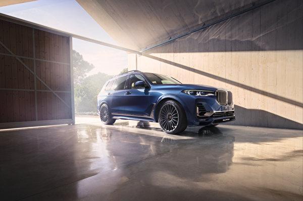 Обои для рабочего стола BMW Кроссовер 2020 Alpina XB7 Worldwide синяя Автомобили 600x399 БМВ CUV Синий синие синих авто машины машина автомобиль