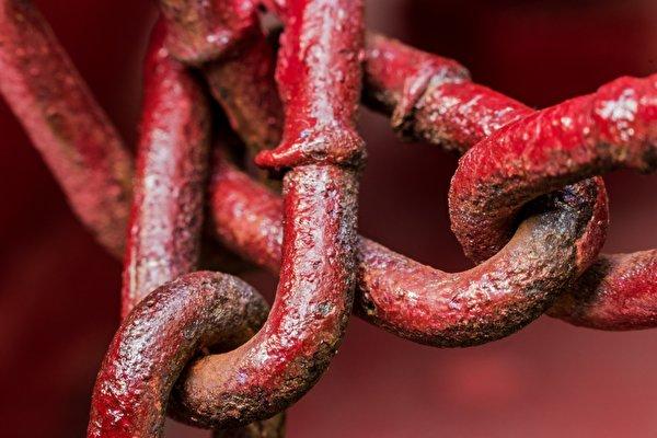 Фотография красные Цепь вблизи 600x400 красная Красный красных цепи Крупным планом