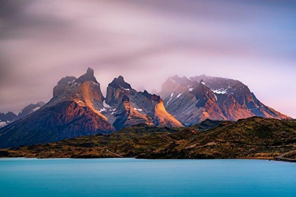 Обои для рабочего стола Аргентина Lago Argentino, Andes, Patagonia, Santa Cruz Горы Природа Озеро 600x400 гора