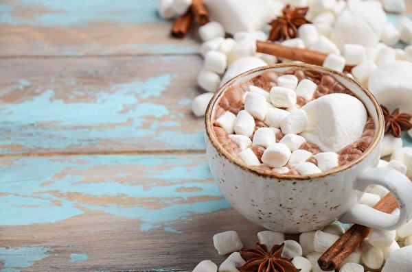 Картинки Маршмэллоу Горячий шоколад Еда кружки 600x397 зефирки Какао напиток Пища Кружка кружке Продукты питания