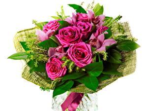 Картинки Розы Букеты Фиолетовый Листья цветок