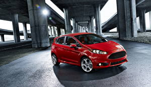 Картинки Форд Красная Металлик Асфальт 2014 Fiesta ST автомобиль