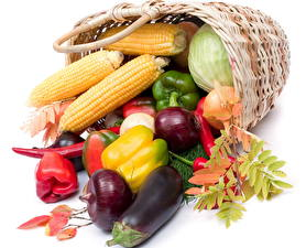Фото Овощи Перец Кукуруза Корзинка кукуруза Еда