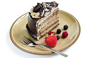 Обои Сладости Торты Шоколад Тарелке Вилки Белый фон Еда