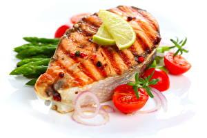 Обои Морепродукты Рыба Помидоры Еда фото