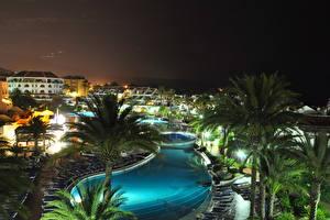 Обои для рабочего стола Курорты Испания Плавательный бассейн Ночные Пальм Канары Tenerife Города