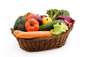 Фотографии Овощи Морковь Корзинка Продукты питания